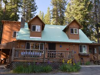 Patriotic Cabin with Lake Almanor View - Lake Almanor vacation rentals
