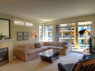 Spacious 2 bedroom Condo Family Friendly - Kelowna vacation rentals