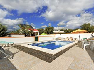 Perfect 4 bedroom Villa in Tomar with Internet Access - Tomar vacation rentals