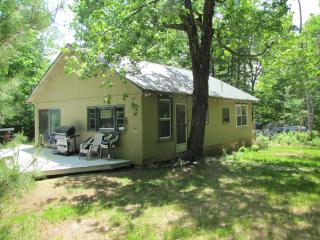 Jug Cove Cottage on Annabessacook Lake - Monmouth vacation rentals