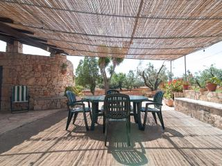 Romantic 1 bedroom Racale Trullo with Television - Racale vacation rentals