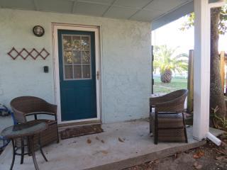 Private Beach - Bid-A-Wee Efficiency - Sleeps 2 - Panama City Beach vacation rentals