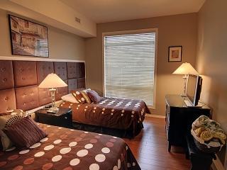 Top Floor Corner Unit - Partial Lake View - Kelowna vacation rentals