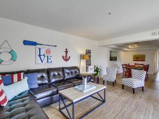 Perfect House with Internet Access and Satellite Or Cable TV - Mission Beach vacation rentals