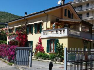 Cozy 3 bedroom Condo in Andora - Andora vacation rentals