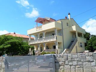 "Holiday home ""Universum"" (4+2) - Novi Vinodolski vacation rentals"