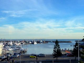 The Esplanade Apartment, Fremantle - Fremantle vacation rentals