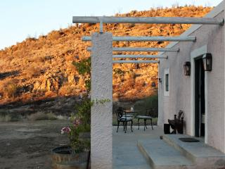 Charming Cottage with A/C and Parking - Calitzdorp vacation rentals
