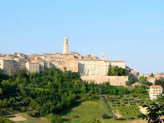Palazzo Scarsini Apartment - Romance with style! - Petritoli vacation rentals