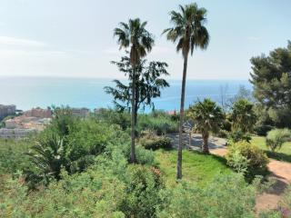 Appartement, domaine privée & piscine Ref 506 - Menton vacation rentals