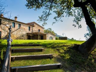 5 bedroom Villa with Internet Access in Castelnuovo Dell'abate - Castelnuovo Dell'abate vacation rentals