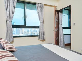 Heaven's View 1300 sq ft 3BR/2bath - Taipei vacation rentals