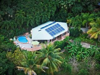 Romantic Villa with Internet Access and Television - North Side vacation rentals