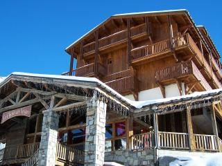 Nice 3 bedroom Apartment in Val Thorens with Shared Outdoor Pool - Val Thorens vacation rentals