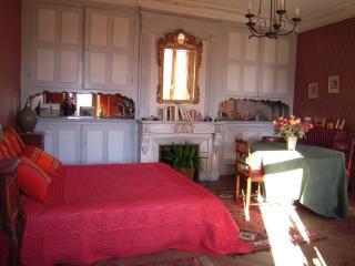 3 bedroom Condo with Internet Access in Chateauroux-les-Alpes - Chateauroux-les-Alpes vacation rentals