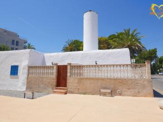 Cozy 3 bedroom House in Cala Ratjada - Cala Ratjada vacation rentals