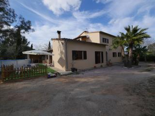 5 bedroom House with Internet Access in Lloret de Vistalegre - Lloret de Vistalegre vacation rentals