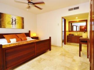 2 BR Acanto Boutique Hotel Playa del Carmen Mexico - Playa del Carmen vacation rentals