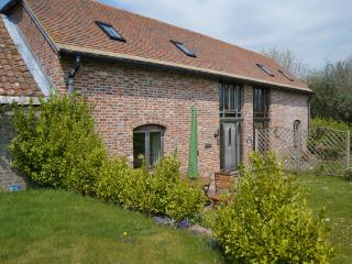 Bramble Barn Gold Star Accommodation - Winfrith Newburgh vacation rentals