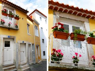 Alfama Yellow House  -  Red & Blue Studio - Lisbon vacation rentals