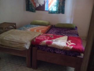 African style Guesthouse with 3 rooms inclusief shower, toilet, musquito net , f - Abene vacation rentals