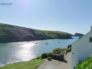Beautiful 4 bedroom House in Pembrokeshire - Pembrokeshire vacation rentals