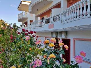 LOUTRAKI KORINTHIAS PELOPONNISOS  (VILLA GEORGIA) - Loutraki vacation rentals