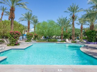 Newly Renovated 3Bd/3Ba Villa by Fountain - with optional Ms. Pac Man Video - La Quinta vacation rentals