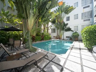 THE HUDSON,I BR,2 BATHS,POOL,2 BLKS TO BEACH,BEST! - Miami Beach vacation rentals