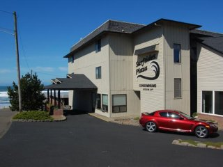 Ocean View And Easy Access - Lincoln City vacation rentals