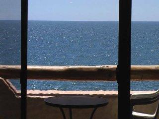 2 Bedroom OCEAN FRONT Condo, Amazing Views, Pools - Puerto Penasco vacation rentals