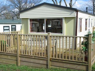 Nice Caravan/mobile home with Internet Access and Microwave - Crantock vacation rentals