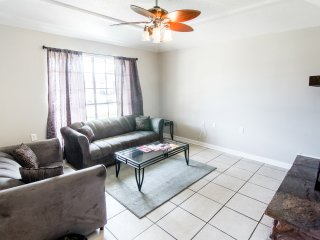 $99 WEEKDAY SPECIAL 4 Bed/3 Ba Home Near City Park - New Orleans vacation rentals