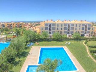 Top floor apartment with sea views in Vilamoura - Vilamoura vacation rentals