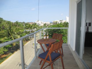 Coral Suites - 3 blocks to Coco Beach - Playa del Carmen vacation rentals