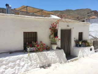 Beautiful 2 bedroom Almeria Province House with Internet Access - Almeria Province vacation rentals