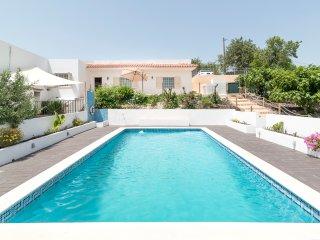 Villa Com Piscina Privada , perto de Albufeira - Paderne vacation rentals