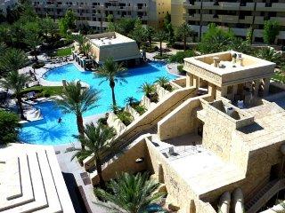 LAS VEGAS {1 Bdrm Condo} Cancun Resort Las Vegas - Las Vegas vacation rentals