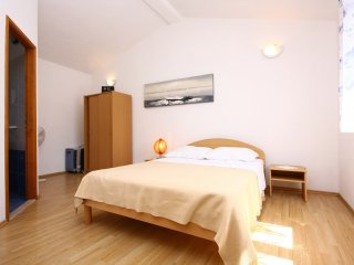 TH01320 Standard double room S4 - Rogoznica vacation rentals