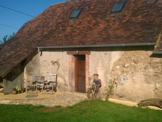 Comfortable House with Television and Central Heating - Savignac-Ledrier vacation rentals
