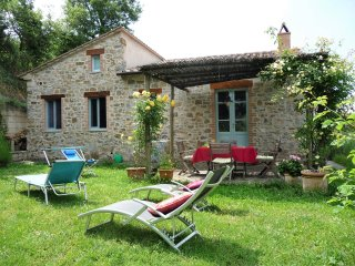 Romantic stone cottage with secluded garden - Roccalbegna vacation rentals