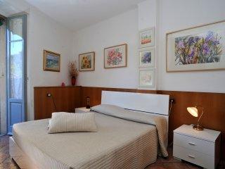 Cavour Apartment - Bellagio vacation rentals