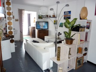 Nice House with A/C and Washing Machine - La Crau vacation rentals