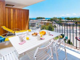 Concha del Lago Apartment - Puerto de Alcudia vacation rentals