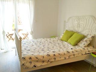 Sea Pearl - Studio Apartment Olive SA2 - Bol vacation rentals