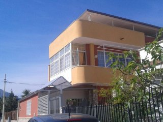 Casa Vacanza Panoramica a Ficarazzi - Ficarazzi vacation rentals