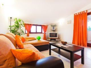 Apartment Šarac - Porec vacation rentals