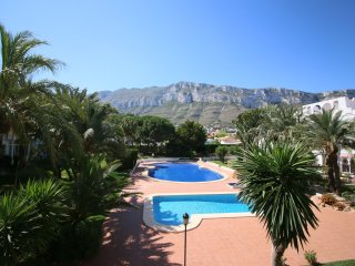 Nice Condo with Washing Machine and Shared Outdoor Pool - Denia vacation rentals