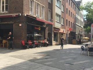 Altstadt Düsseldorf - Clean Furnished Apartment - Düsseldorf vacation rentals