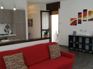 Nice Condo with Housekeeping Included and Television - Delebio vacation rentals